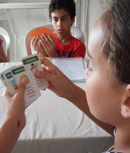 משחקים קלפים לקראת רילוקיישן
